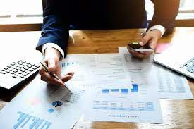 Tips on Becoming a Tax Consultant